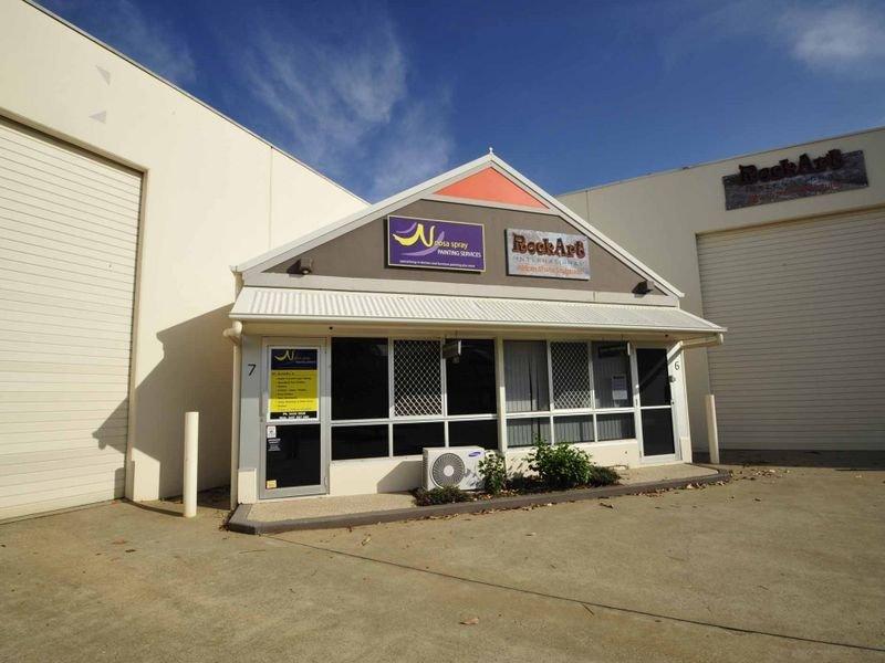 6/5 Commerce Court,  Noosaville
