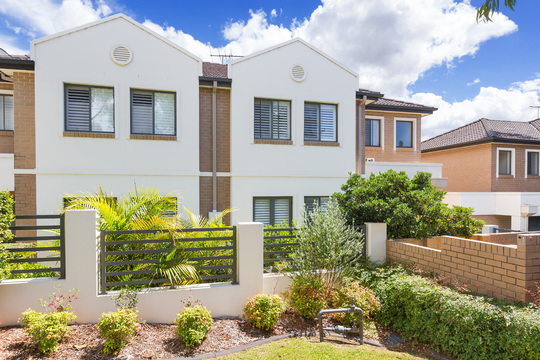 3/39-45 Manchester  Road Gymea