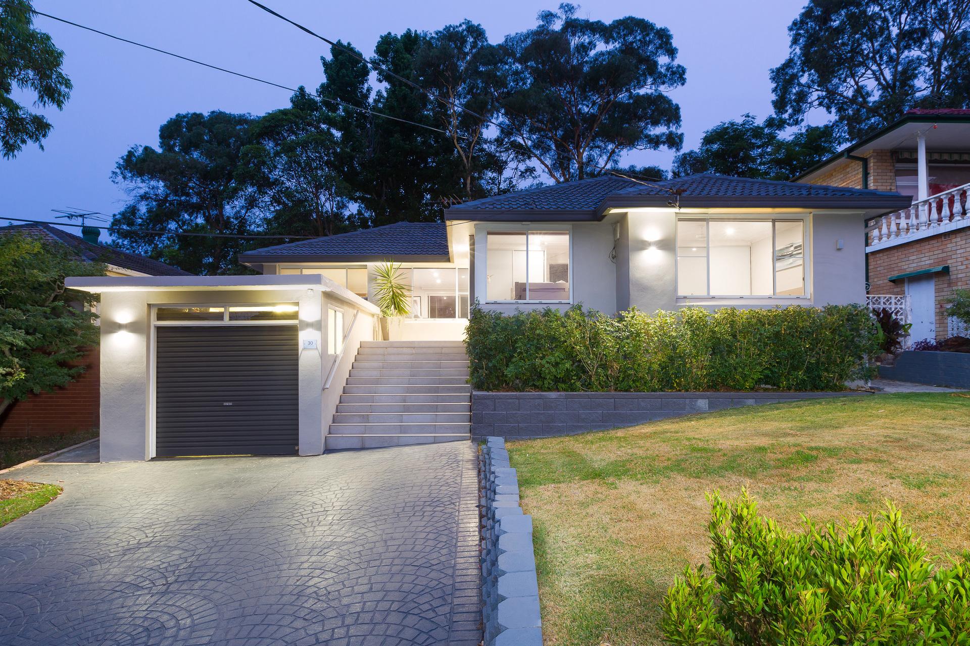30 Oak Road,  Kirrawee