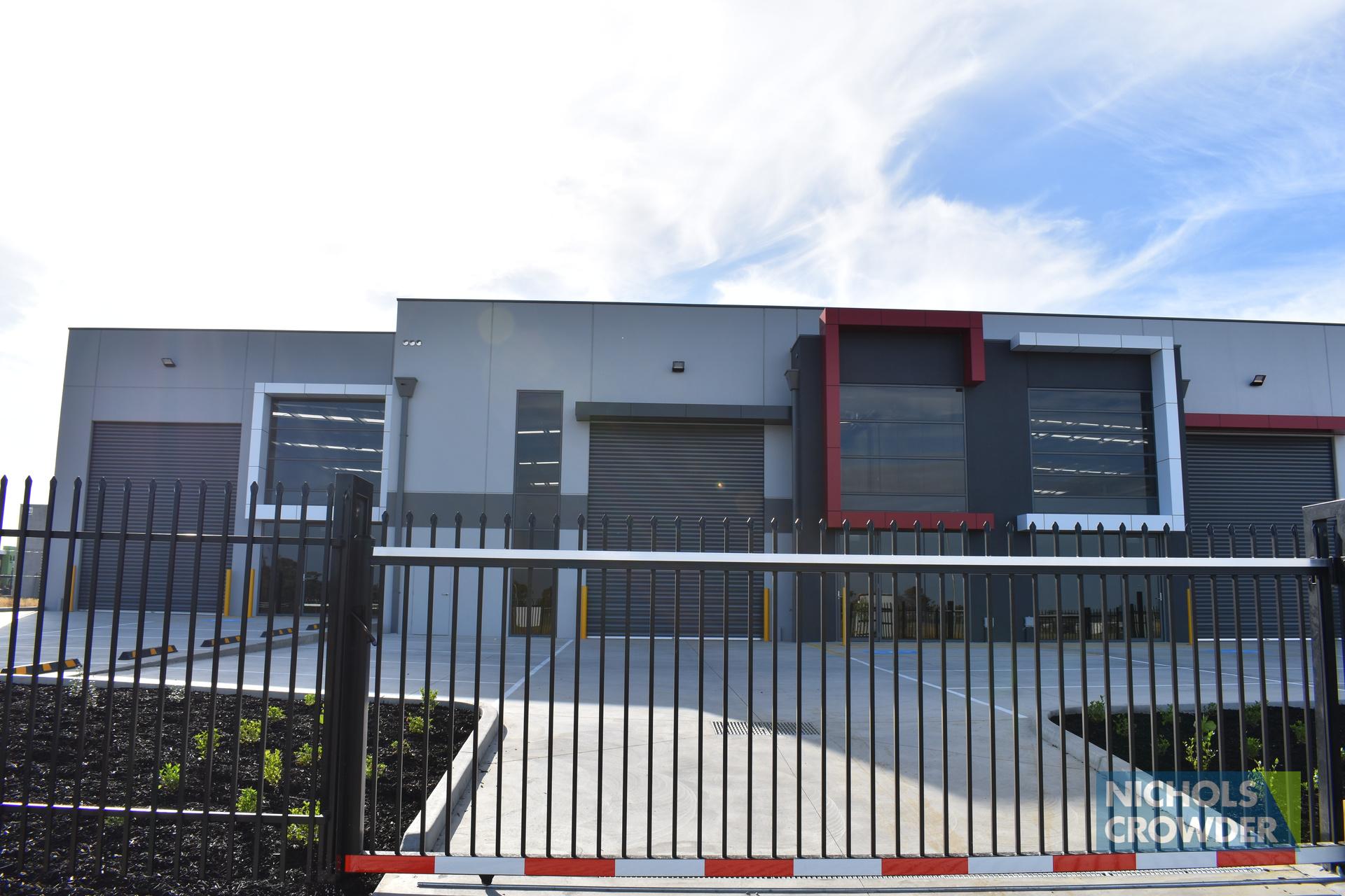 Factory 2/39 - 41 Whitfield Boulevard,  Cranbourne West
