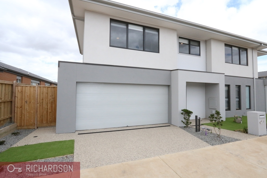 2 Kittiwake Terrace,  Werribee