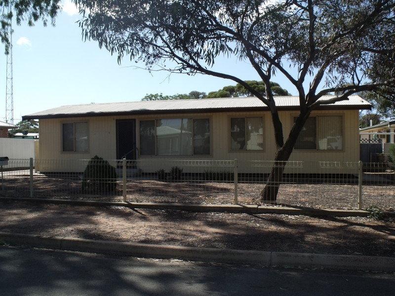 9 Bauer Street,  Port Pirie South