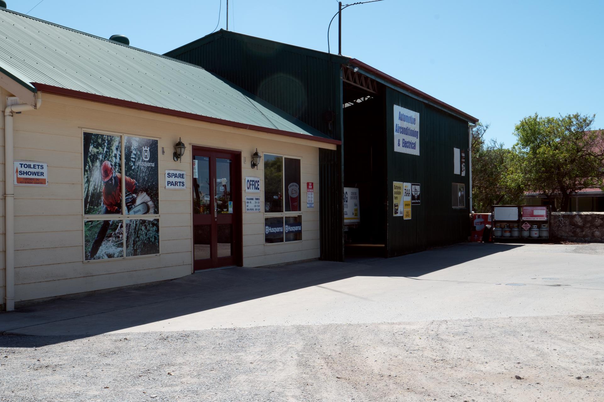 Main  Street,  Warooka