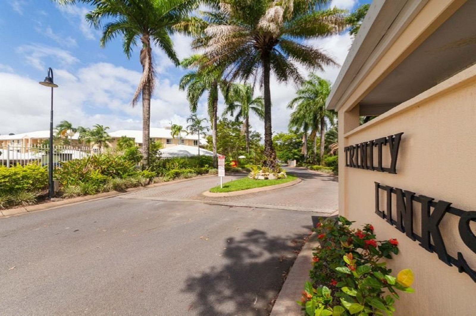 Fantastic Unit in Resort Complex!