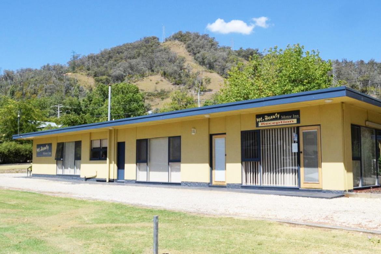 a - Mount Beauty Motor Inn