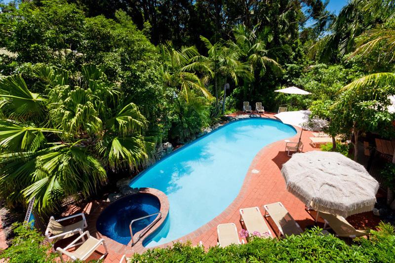 b - Shelley Beach Resort