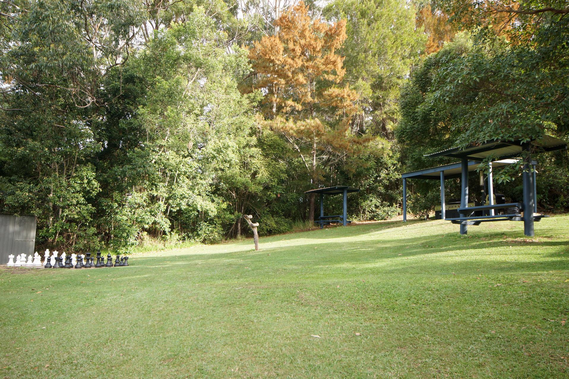 d - Mapleton Cabins & Caravan Park