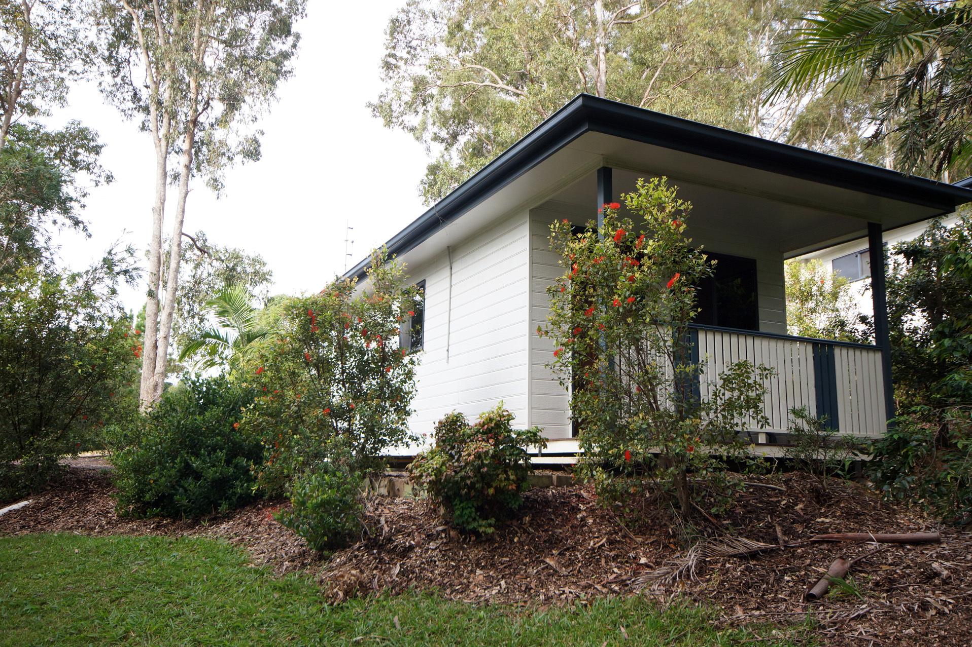 b - Mapleton Cabins & Caravan Park
