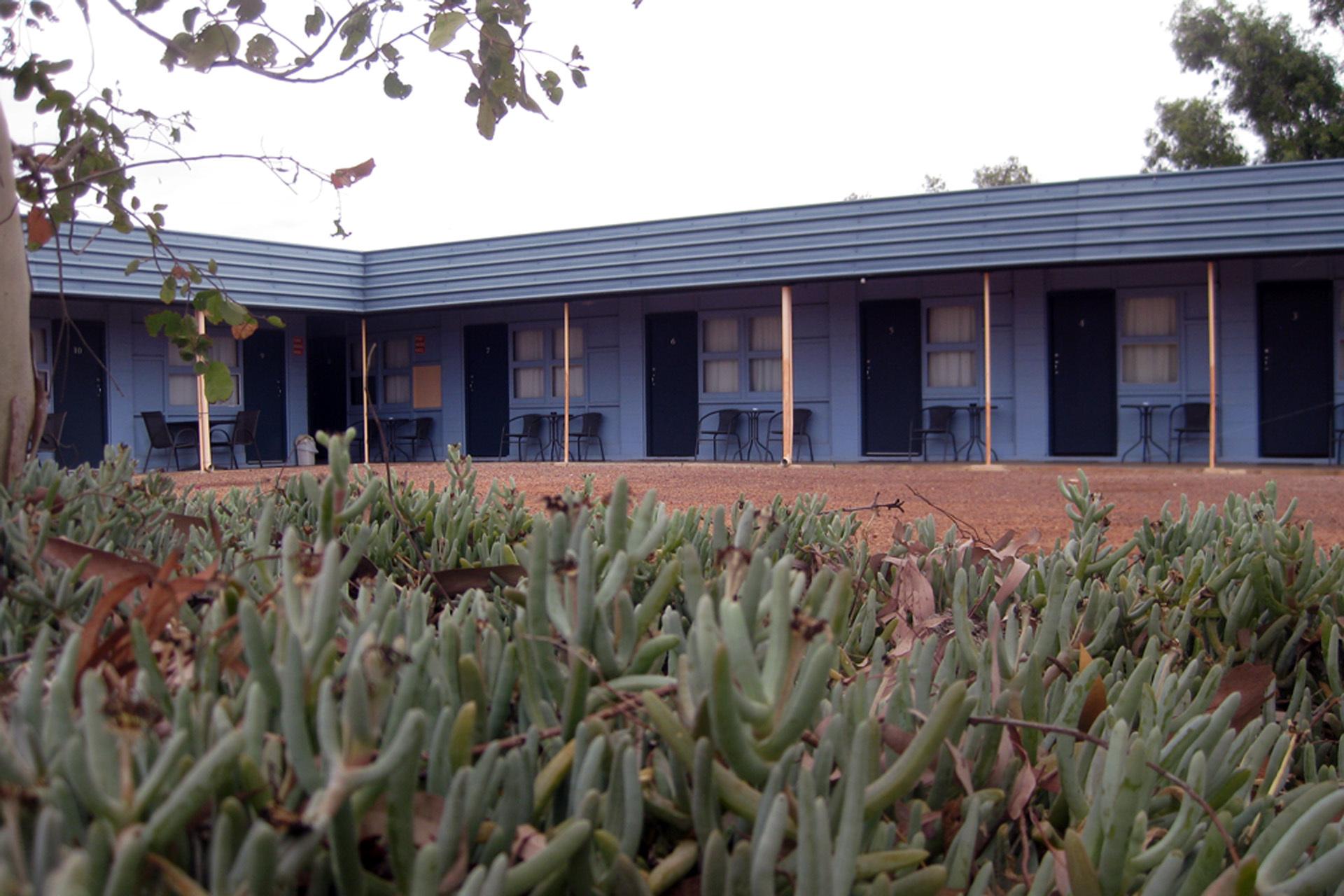 h - Billabong Hotel Motel