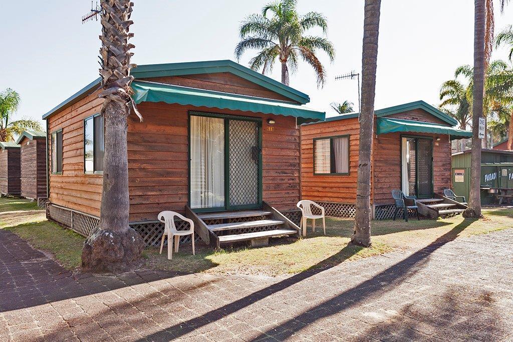 Paradise Park Cabins