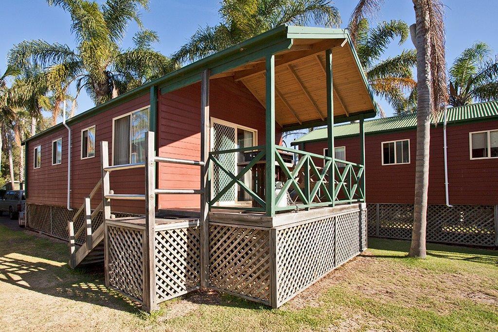 p - Paradise Park Cabins