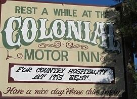 i - Colonial Motor Inn