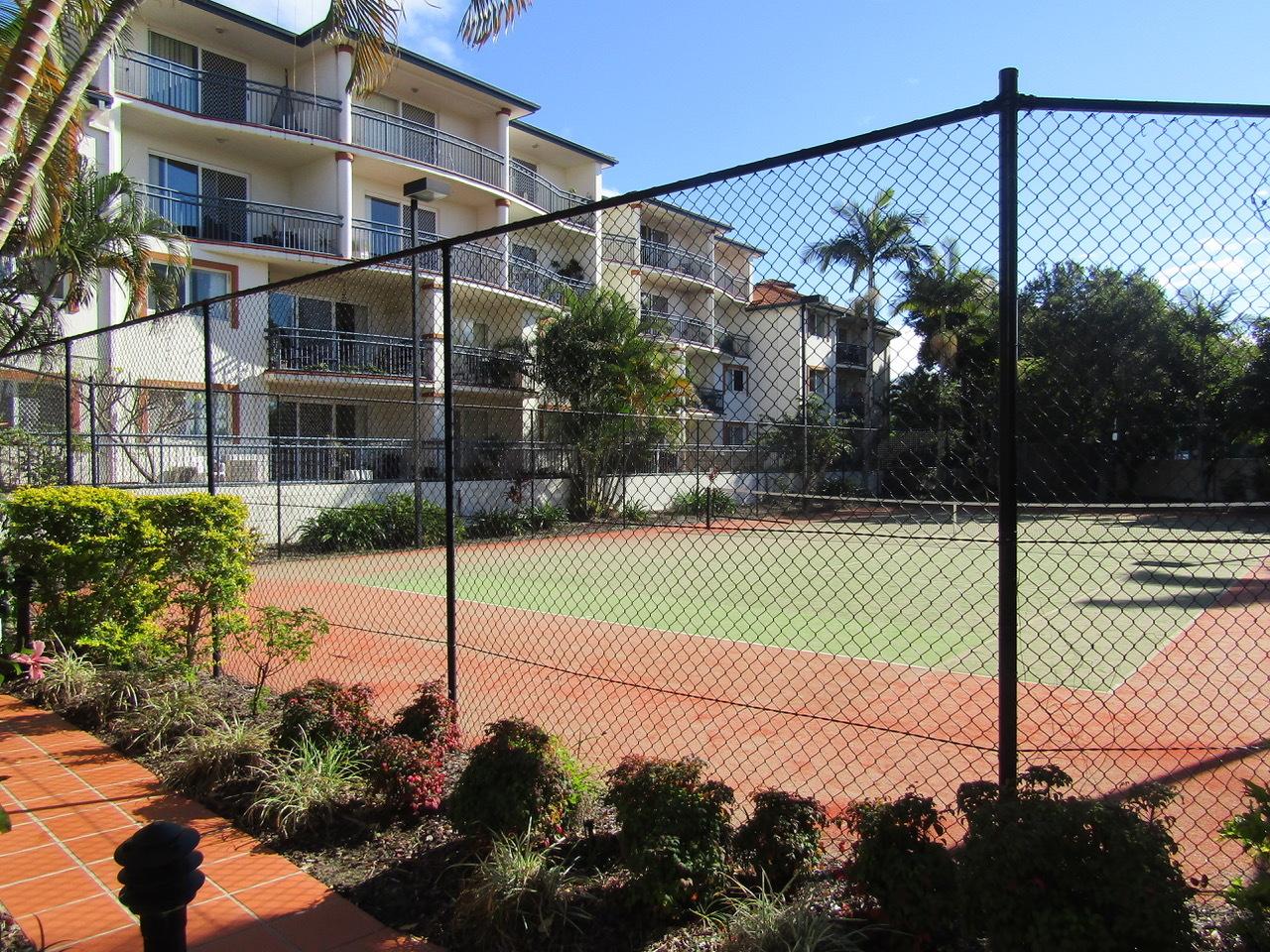 b - Blue Water Bay Apartments