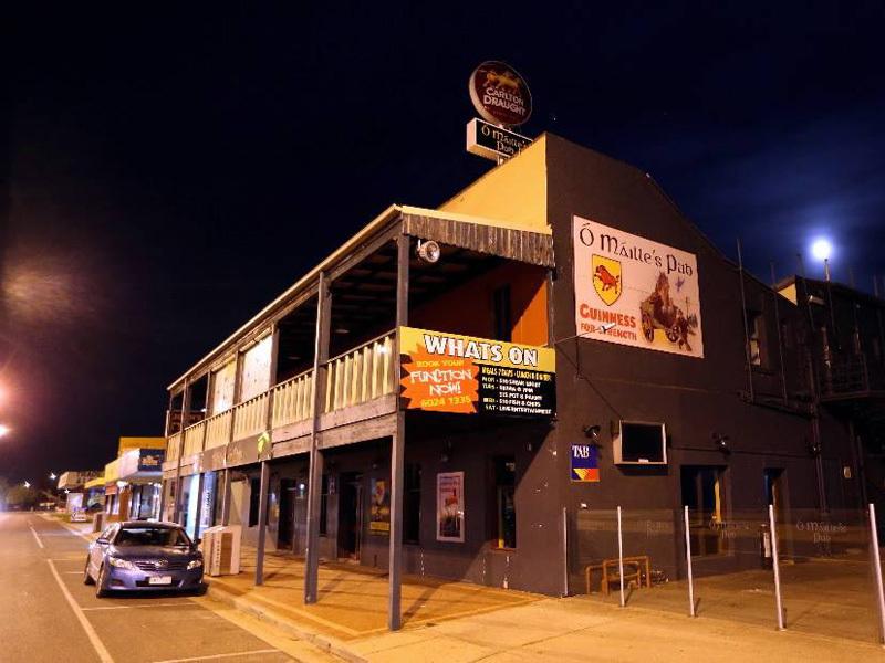 d - O'Mailles Pub