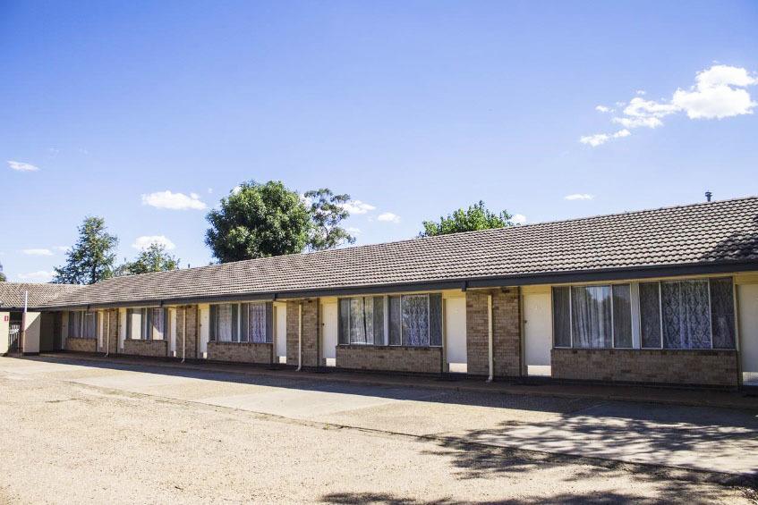 g - Allonville Gardens Motel