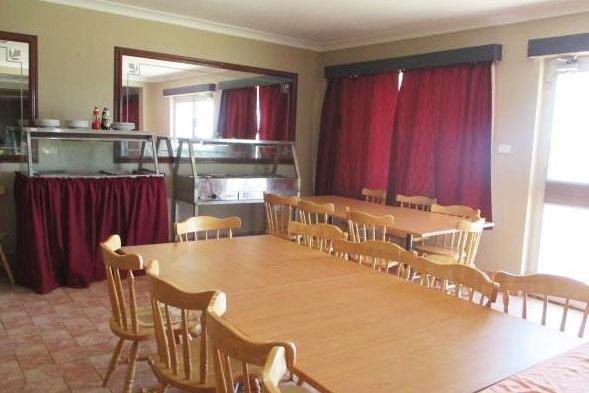 e - Allonville Gardens Motel