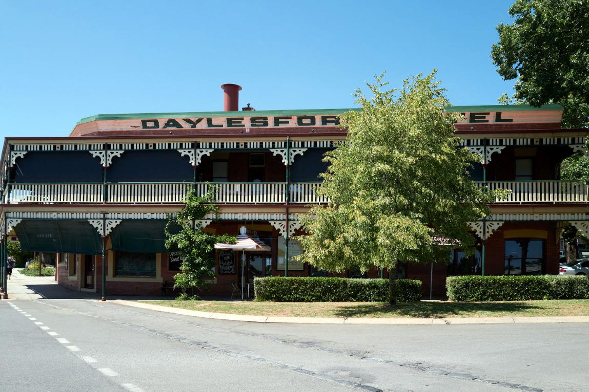 j - Daylesford Hotel