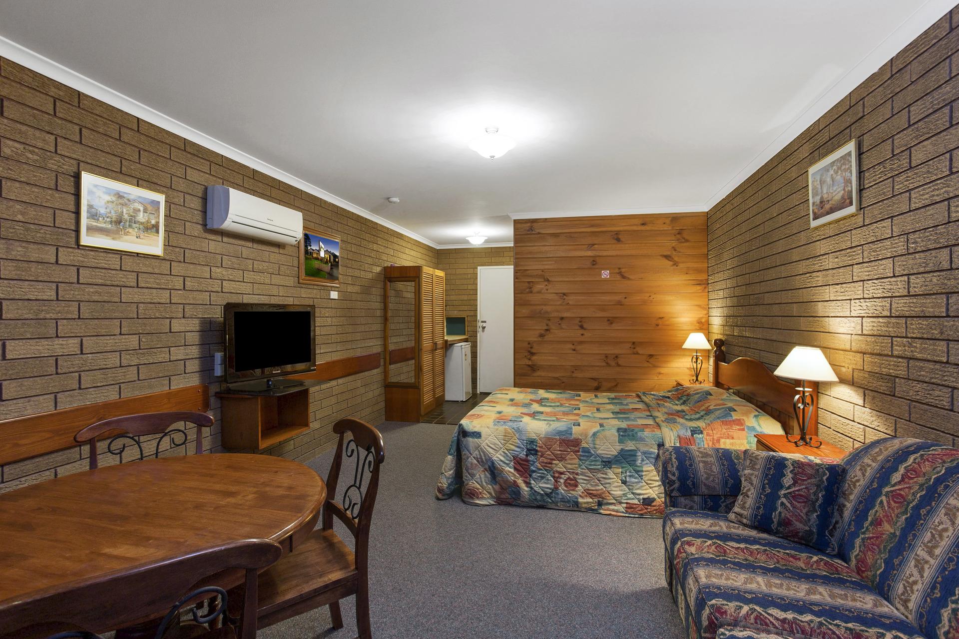 a - Port Fairy Motor Inn
