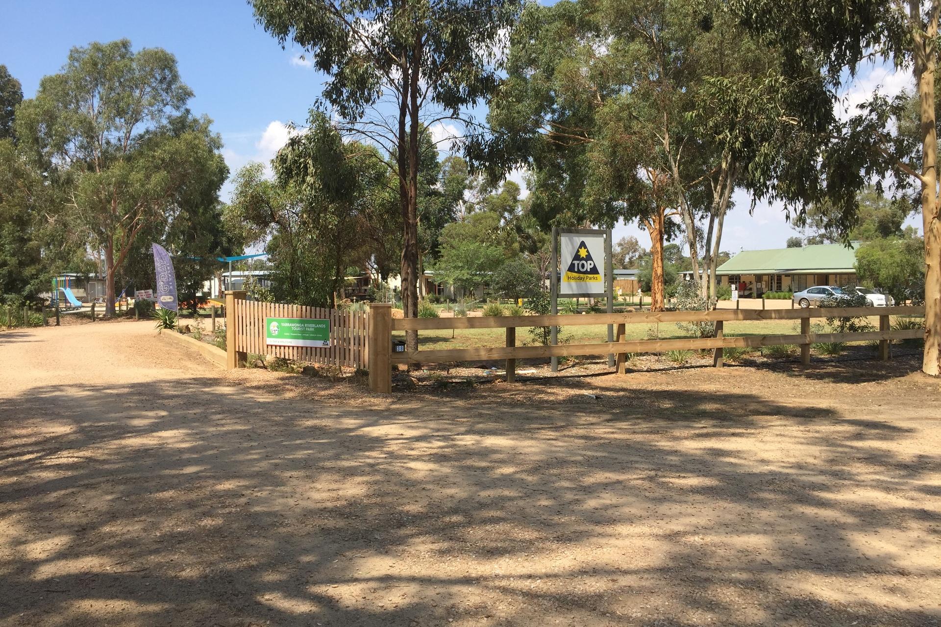 c - Yarrawonga Riverlands Tourist Park