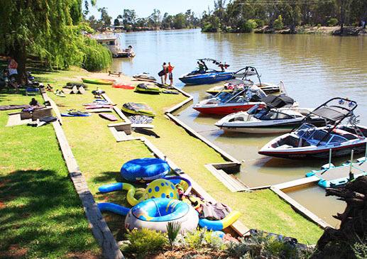 i - Euston Riverfront Caravan Park