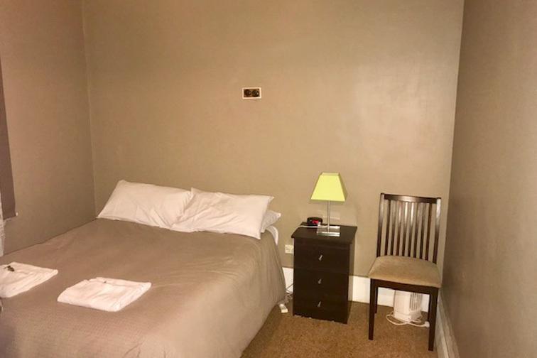 k - Wedderburn Hotel