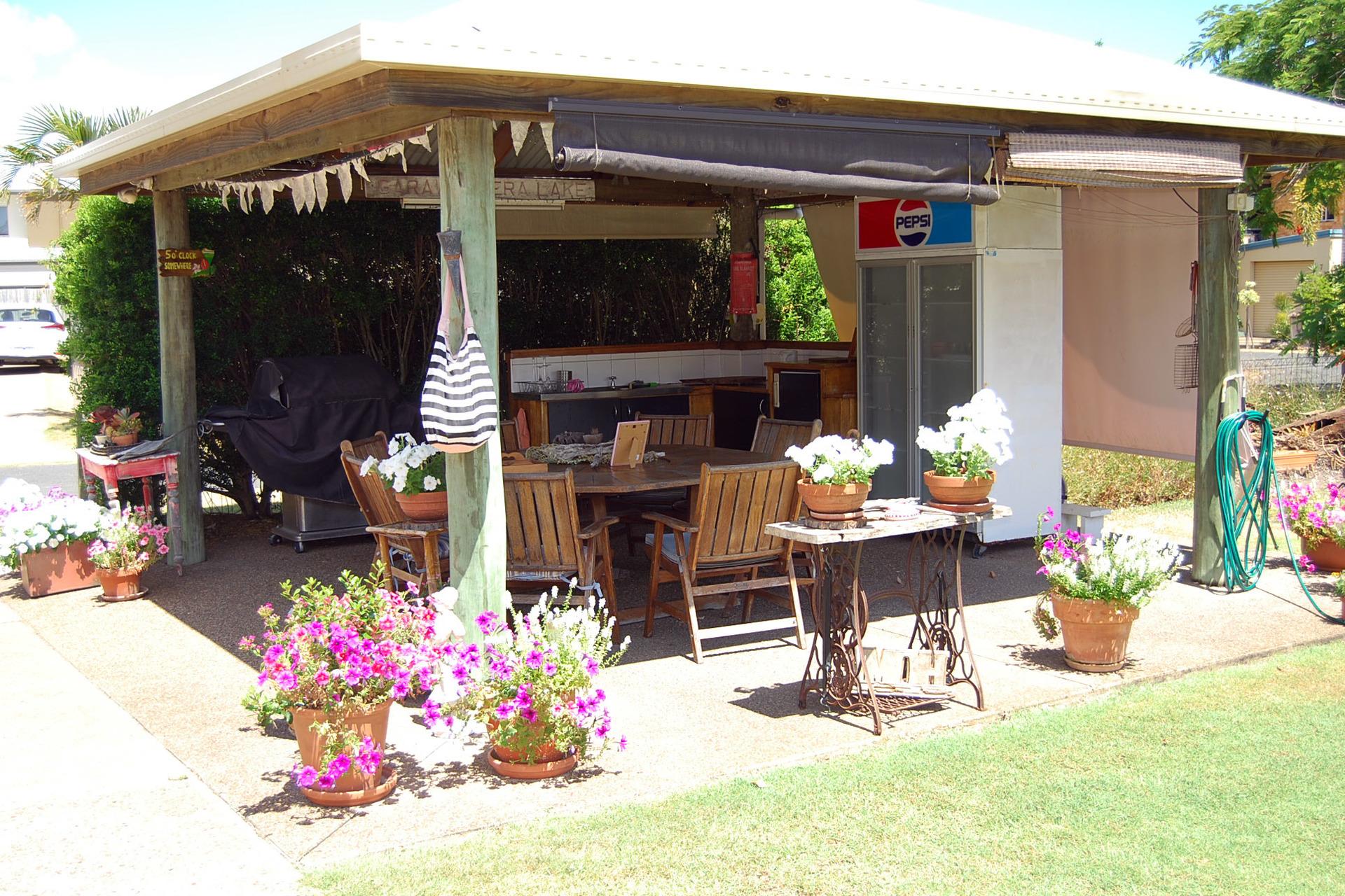 b - Shelly Beach Motel