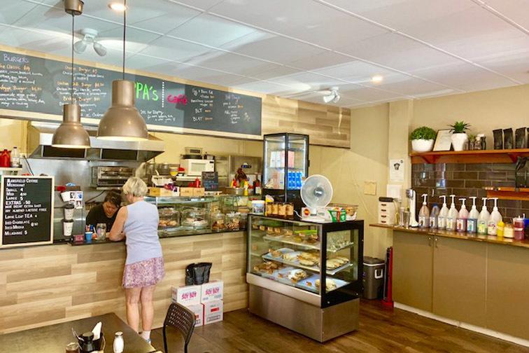 l - Pippa's Cafe