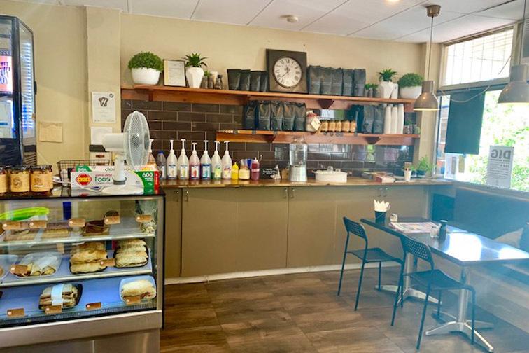 e - Pippa's Cafe