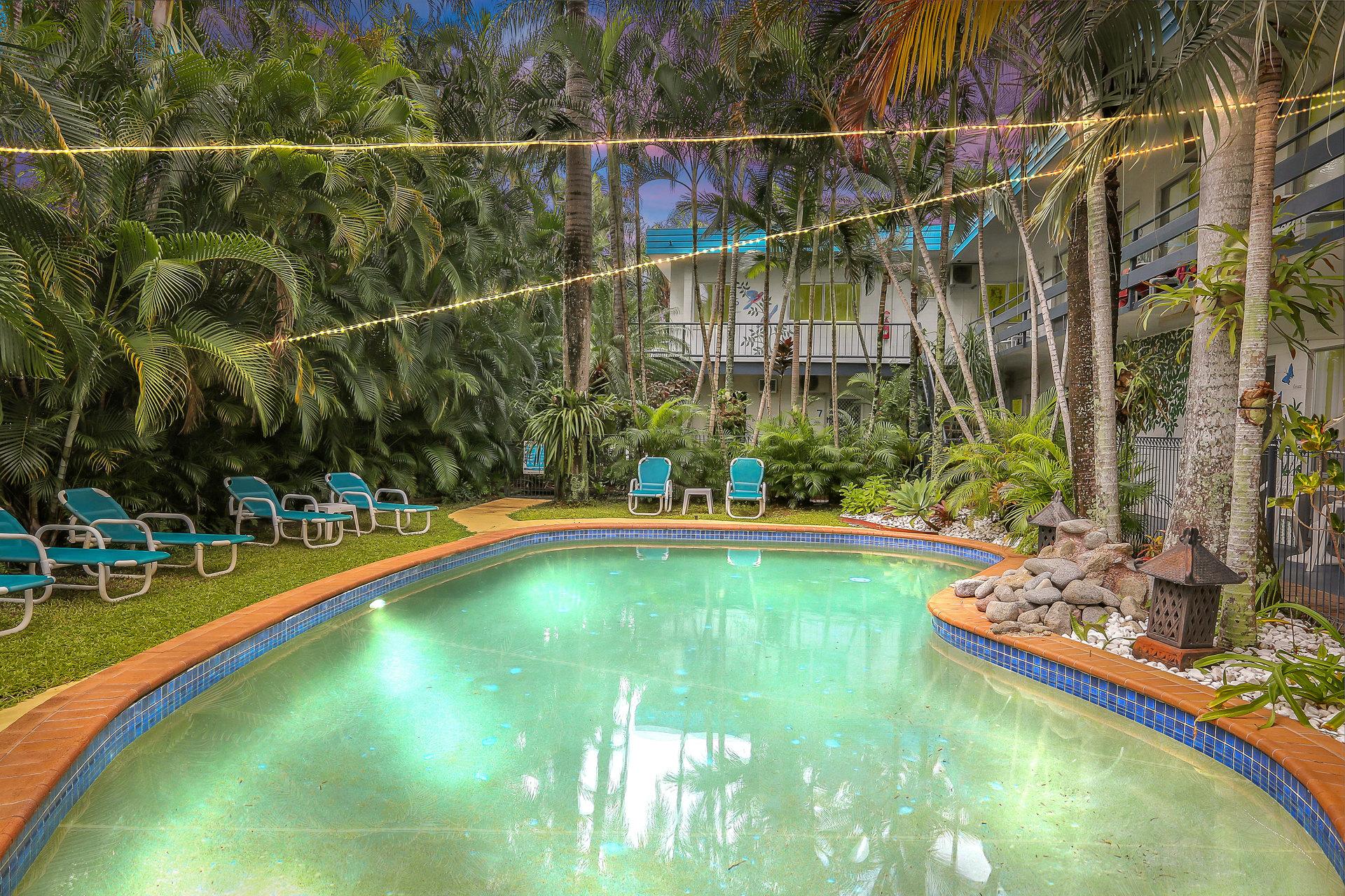 e - The Palms at Palm Cove