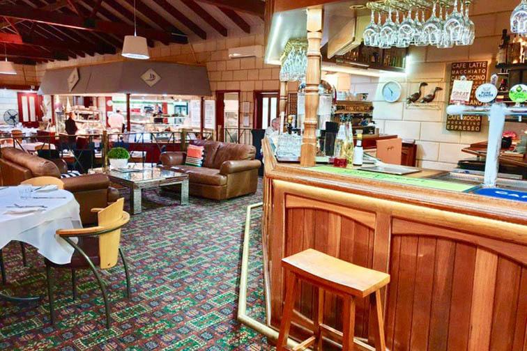 a - Marina Restaurant & Lounge Bar