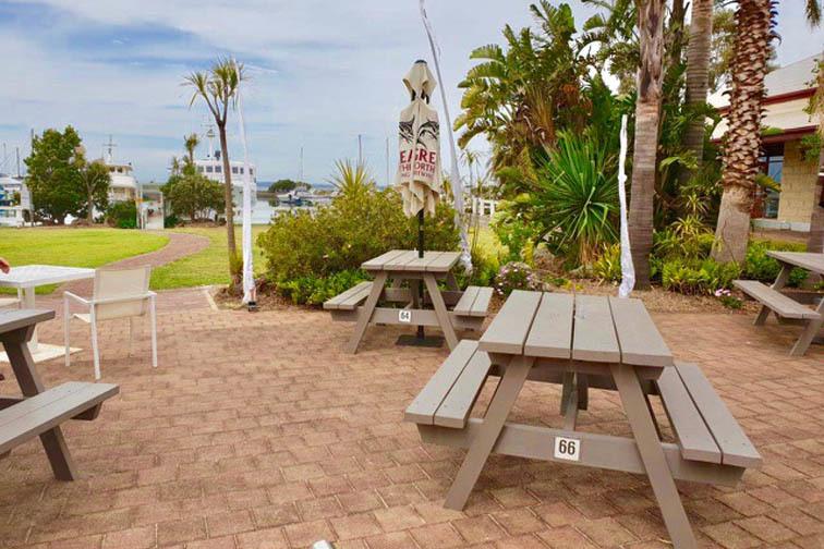 l - Marina Restaurant & Lounge Bar