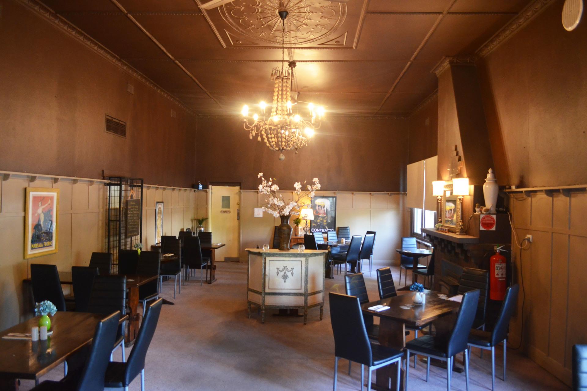 g - Yackandandah Hotel