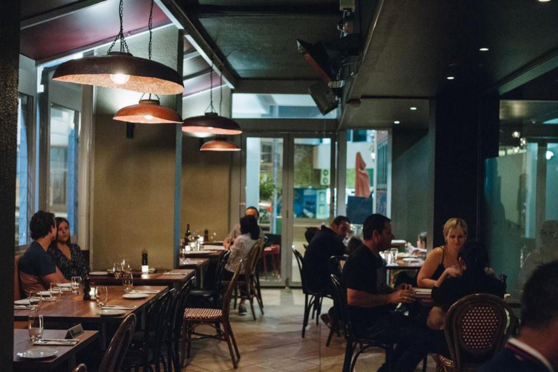 e - Fiasco Restaurant & Bar