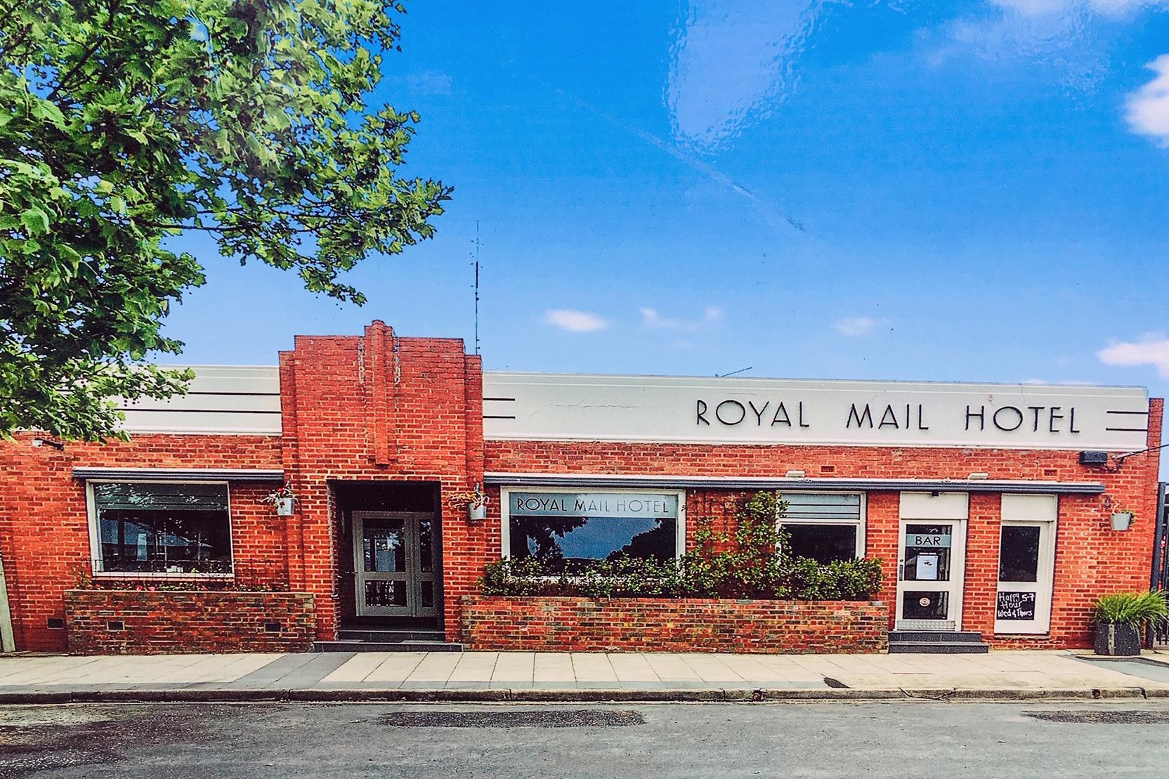 m - Royal Mail Hotel