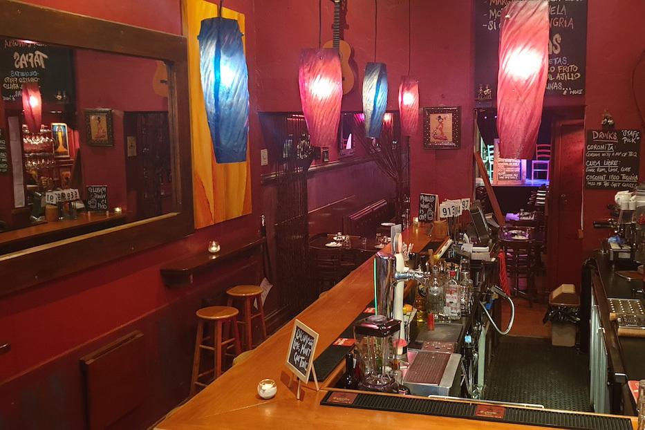 e - Kanela Bar