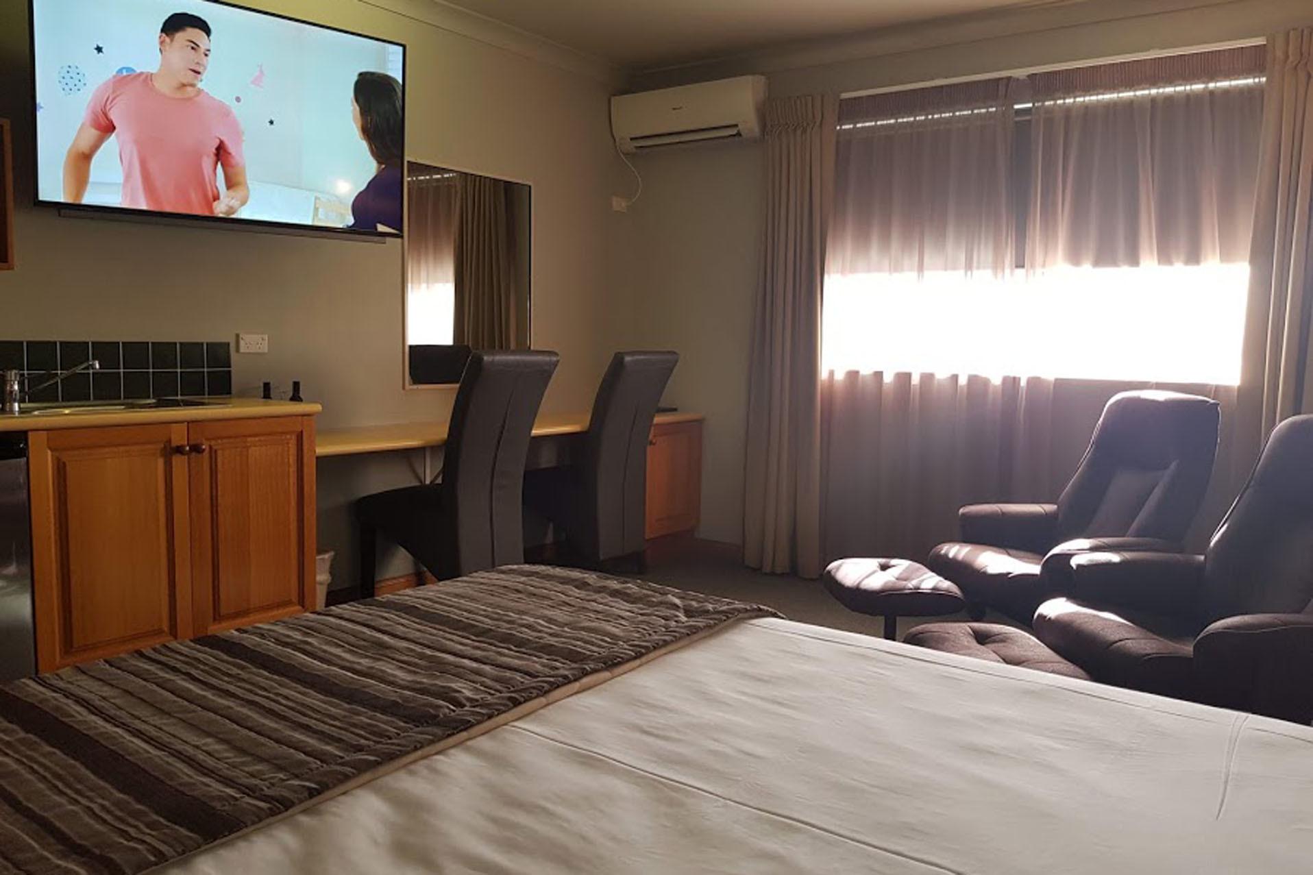 h - Cannon Park Motel