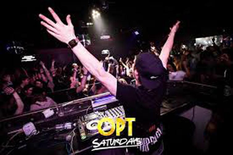 e - OPT Nightclub & Bar