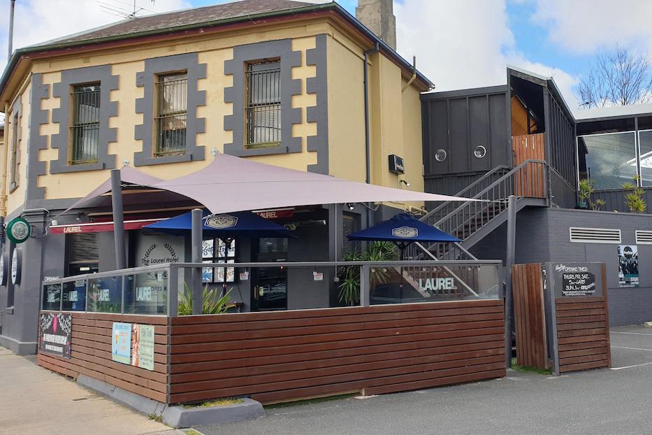 a - Laurel Hotel