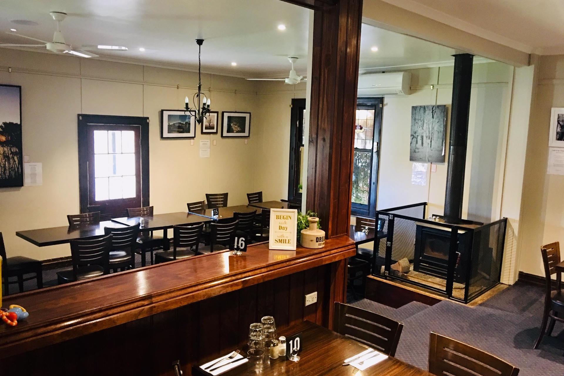 a - Axedale Tavern