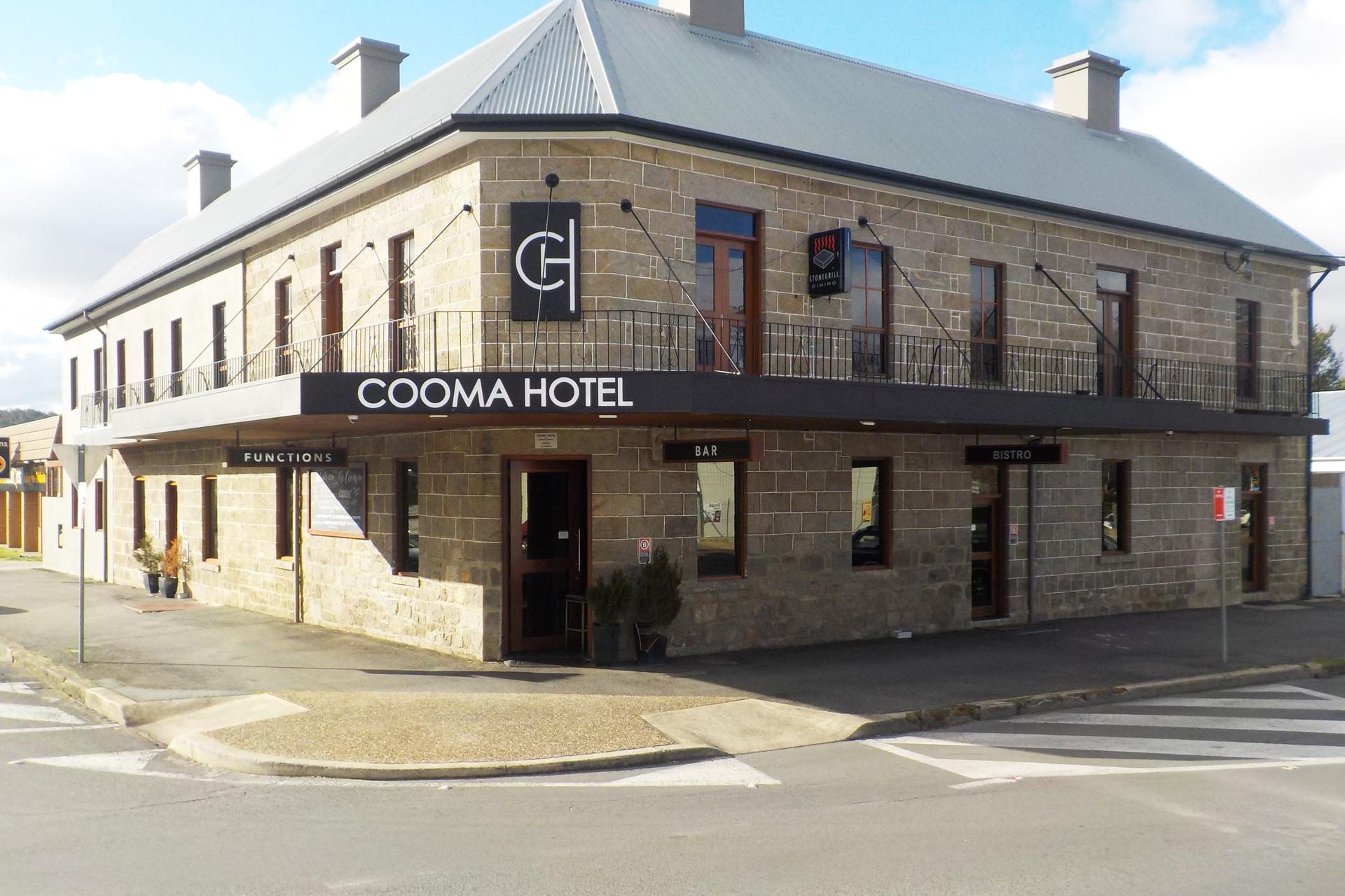 n - Cooma Hotel