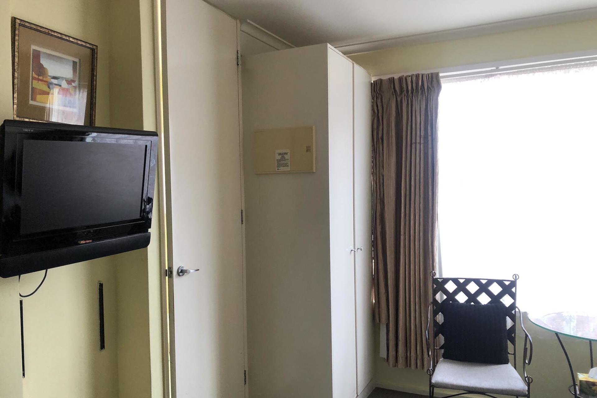 c - Knightsbridge Apartments
