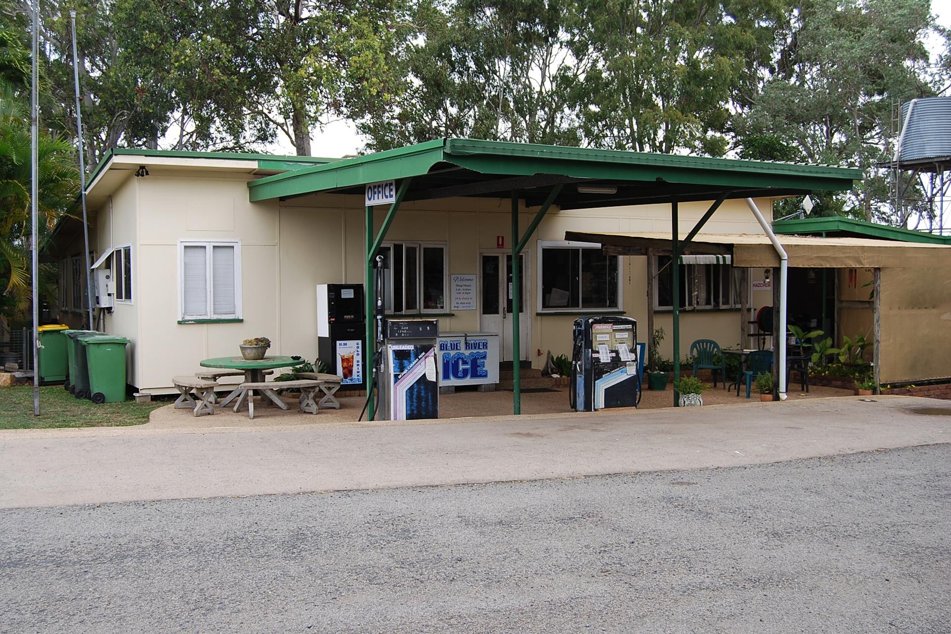 a - Moana Caravan Park