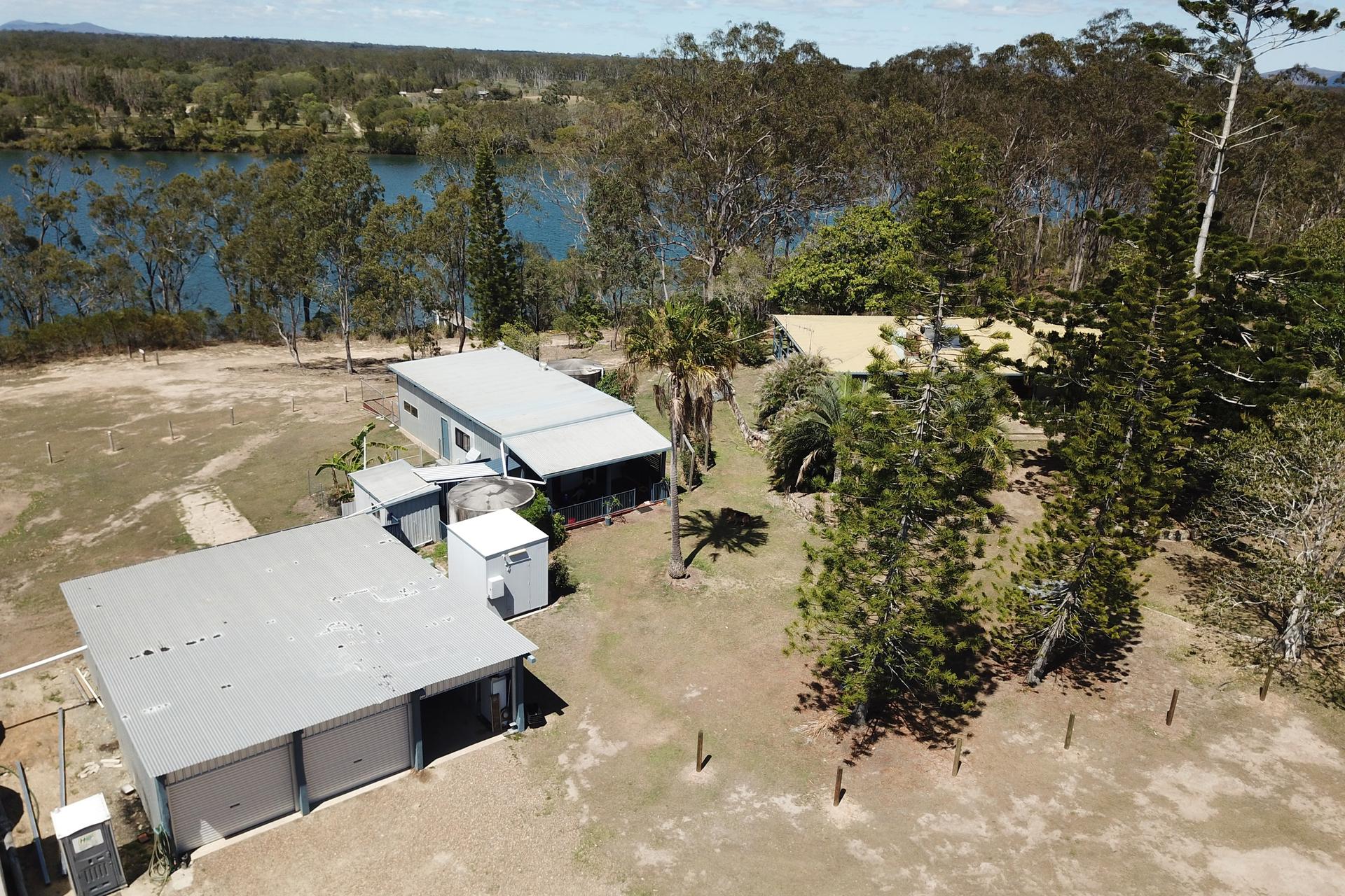 e - Baffle Creek Retreat
