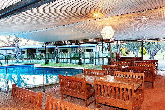 c - Deniliquin Golf Leisure Motel
