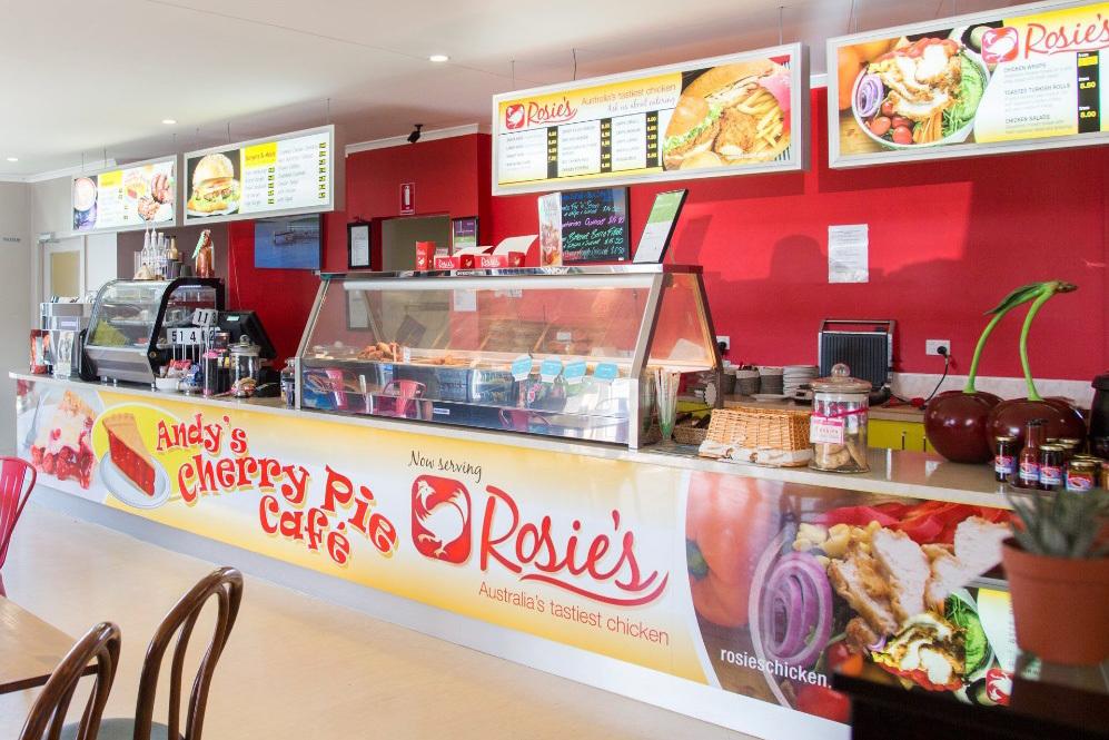 c - Andy`s Cherry Pie Cafe