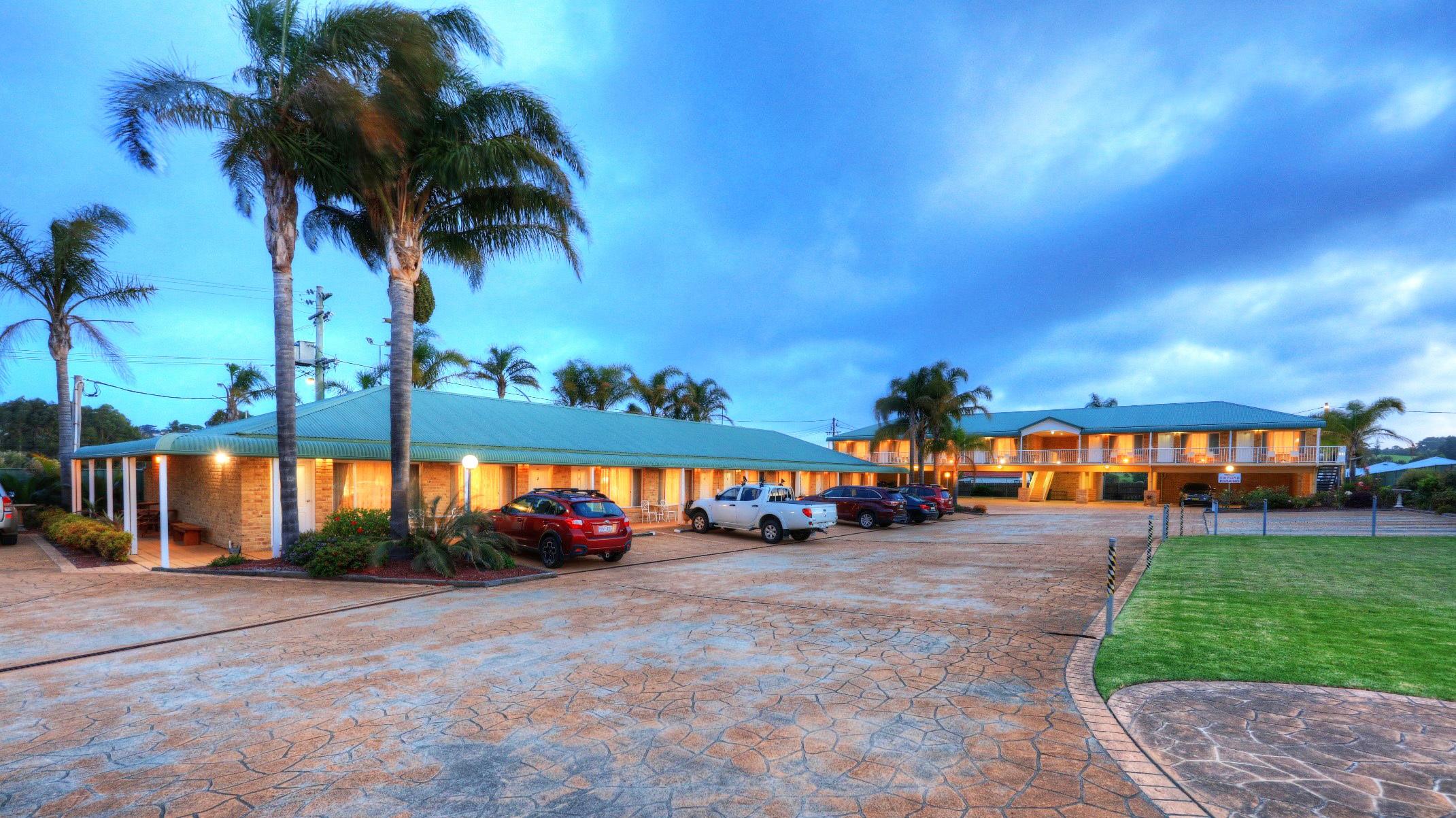 j - Harbourview Motel
