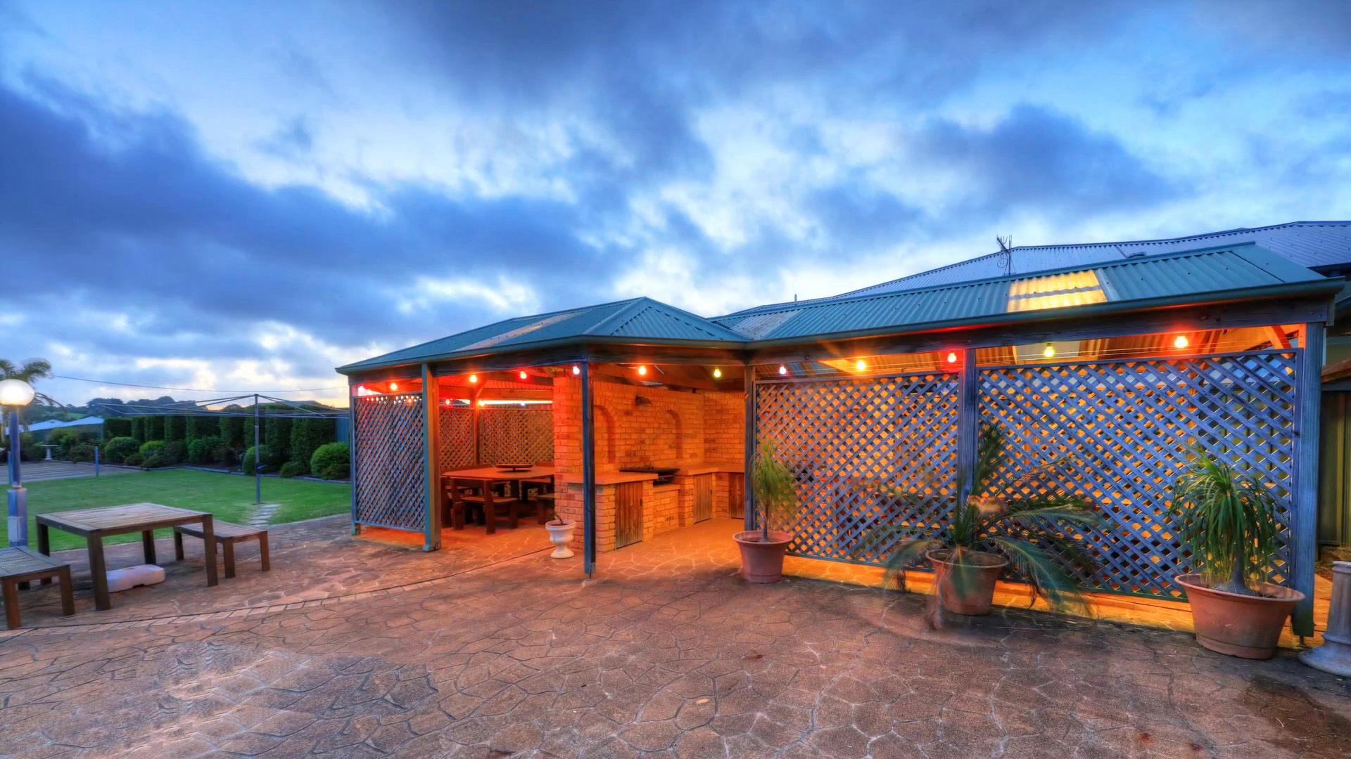 i - Harbourview Motel