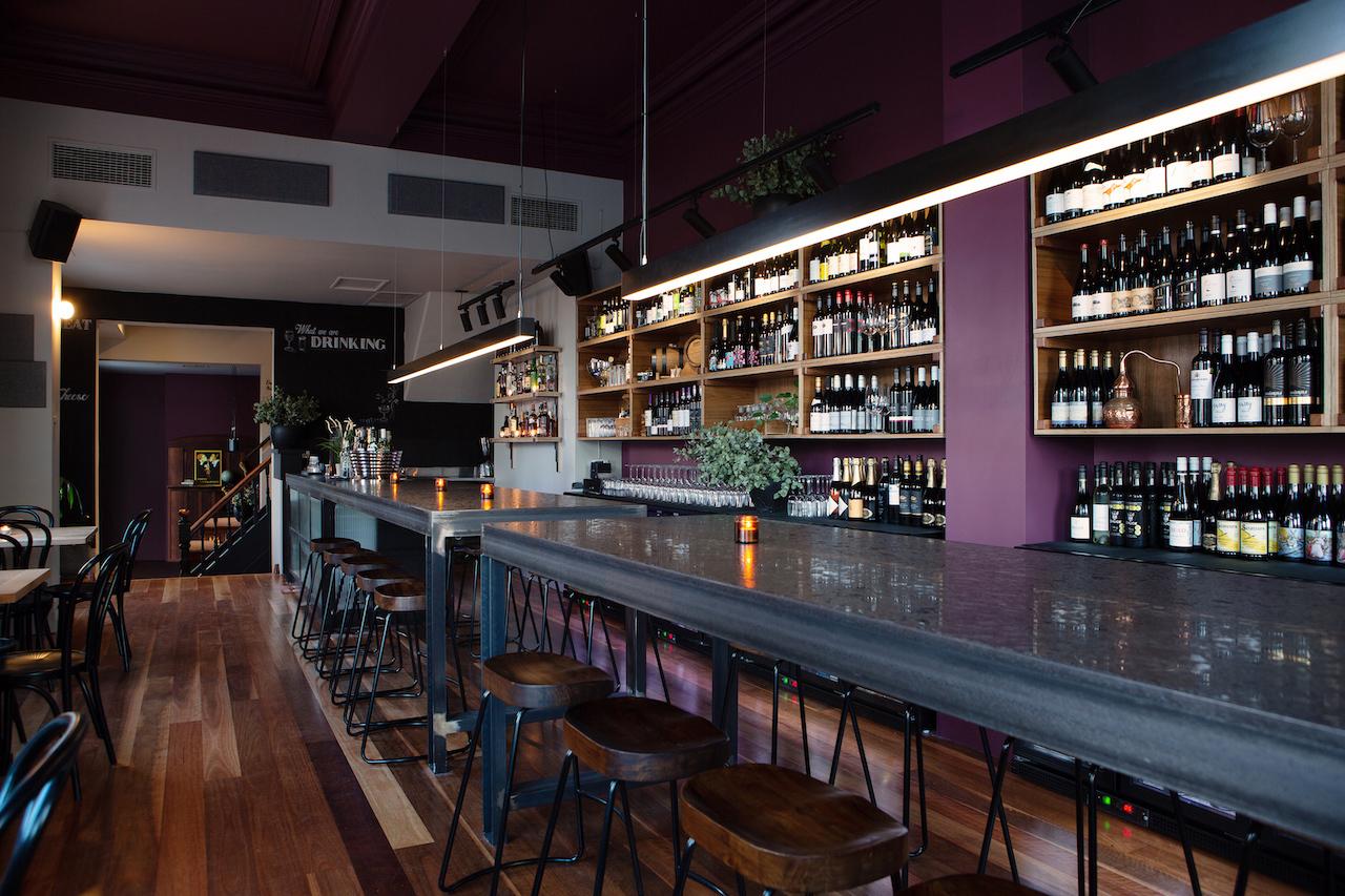 h - The Vale Bar & Eatery