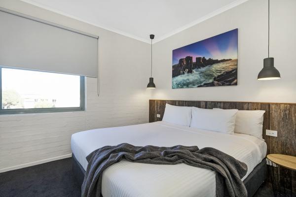 b - Moonlight Bay Motel & Apartments