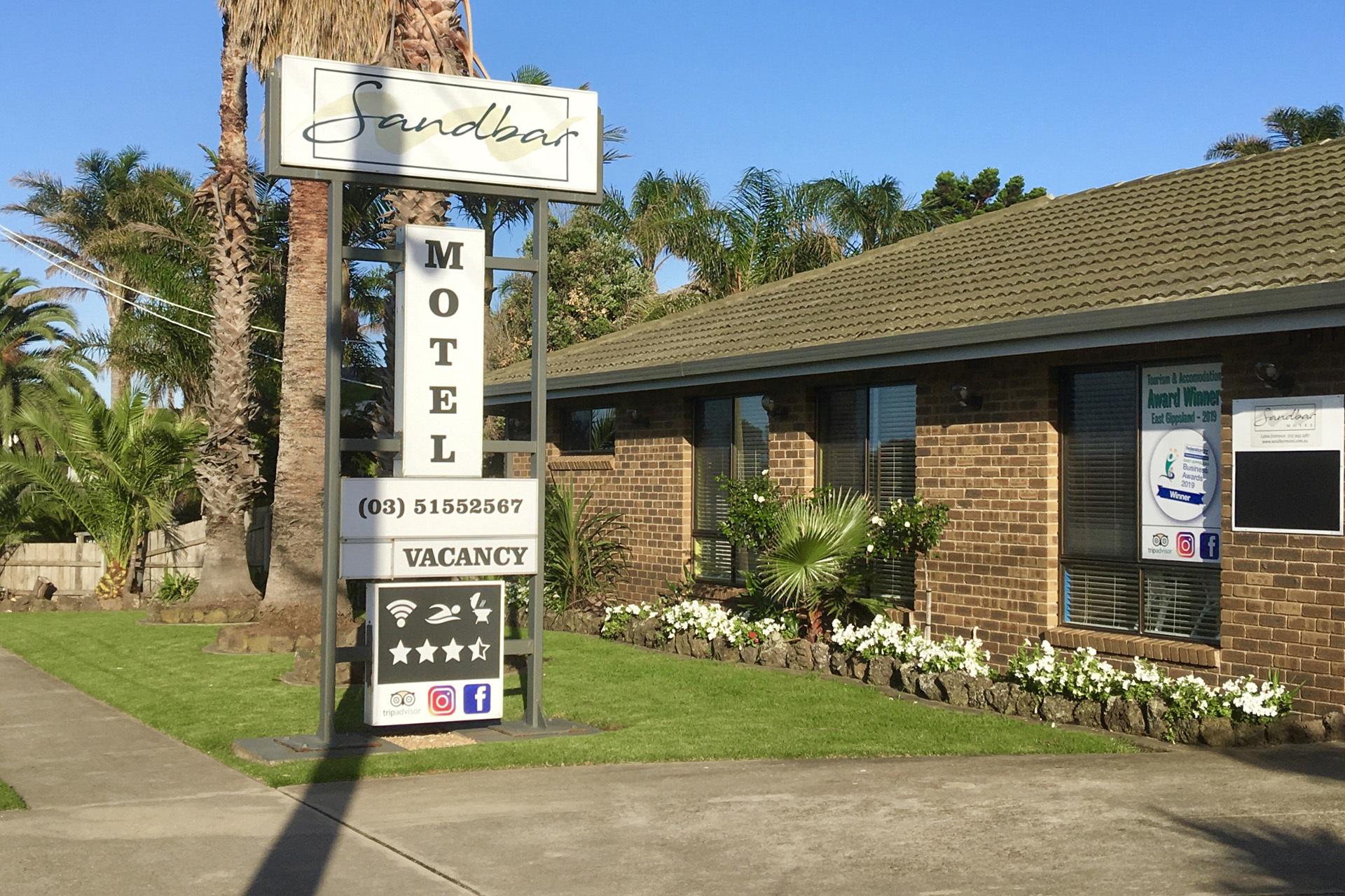 g - Sandbar Motel